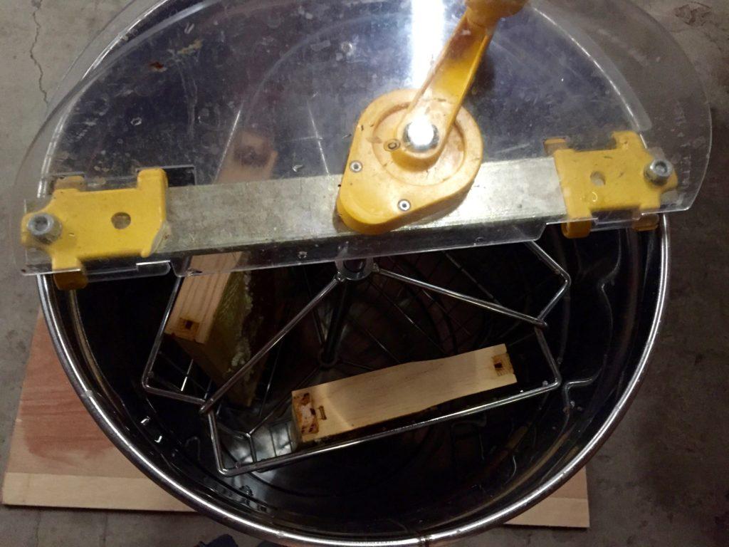 Honey extractor - honey harvesting equiptment