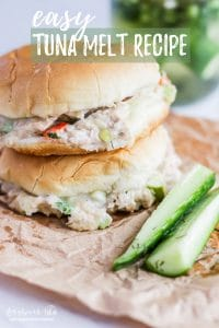 This easy tuna melt recipe is so simple to throw together and makes the perfect lunch. Filling, flavorful, and great to make ahead - toss some tuna melts together and you're a few minutes away from a delicious meal! #lunch #easylunch #quicklunch #quickmeal #tunamelt #tuna #tunasandwich #tunameltrecipe