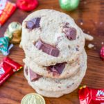 Have a bunch of leftover candy from holidays or parties? Use it up in these delicious candy cookies!! Crunchy edges with soft chewy centers, all your leftover candy will be put to good use. #candycookies #candycookieseasy #candycookiesdecorated #candycookiesrecipe #leftovercandyrecipe #recipeforleftovercandy