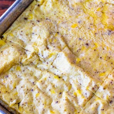 Sheet pan eggs are a great quick breakfast and a great way to meal prep scrambled eggs for a busy week ahead! Flavorful and easy and baked in the oven! #scrambledeggs #eggs #eggsforbreakfast #sheetpaneggs #breakfastrecipes #breakfastrecipe #mealprep #breakfastprep #breakfastmealprep #breakfasttime #breakfastpreparation #egg
