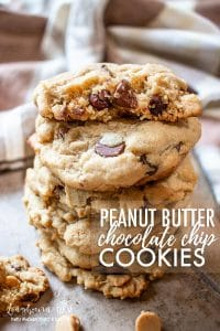 Packed with peanut butter and chocolate flavor, these easy peanut butter chocolate chip cookies are always a hit with the whole family! #cookies #baking #peanutbutter #peanutbutterandchocolate #chocolatechipcookies #peanutbutterchocolatechipcookies #peanutbutterchocolatechip #peanutbuttercookies #chocolatecookies #bakingcookies #bakingrecipe