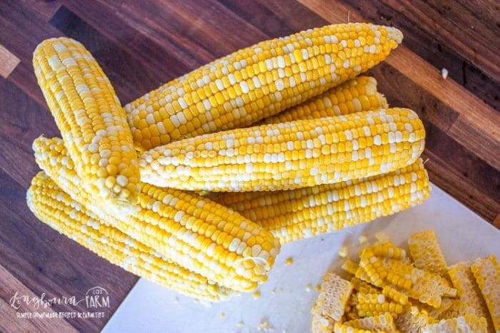 whole ears of fresh corn on the cob